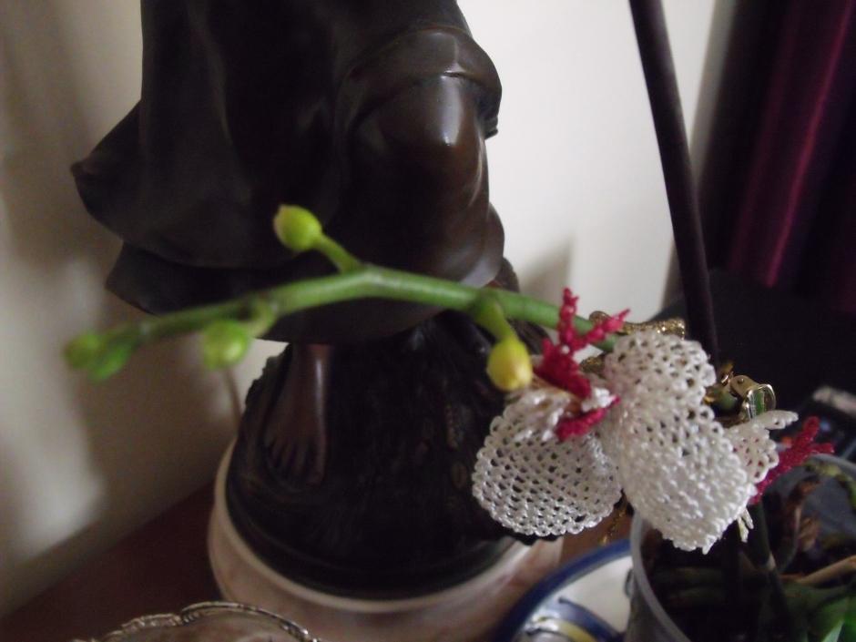 Söylemiştim size,geçen yıl   bu orkidelere bakarak yapmıştım.Nasıl ama?Benzetebilmişim değil mi?